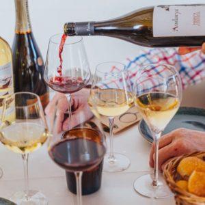 Vinprovning på Oliveriet.